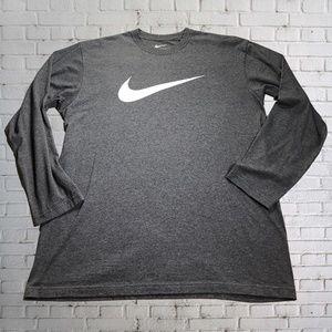 Nike Long-Sleeve Graphic T-Shirt